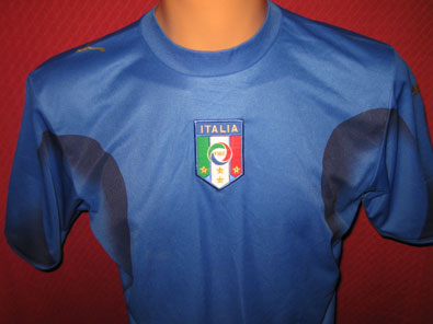 Italy training shirt year 2006 size S
