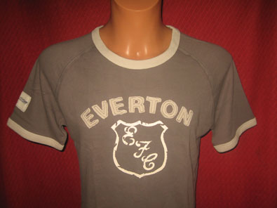 Everton FC official merchandise t-shirt size S
