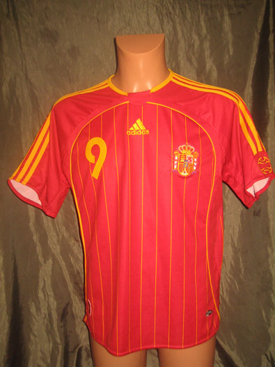 Spain home shirt years 2006-2008 Torres #9 size M