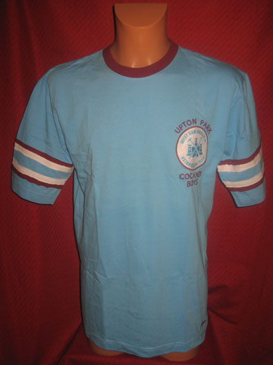 West Ham United official merchandise t-shirt L #1264