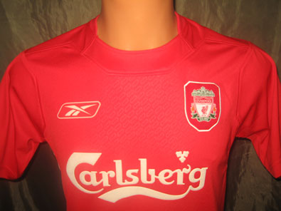Liverpool FC home football shirt 2004-2006 size S
