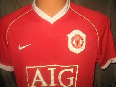 Manchester United home football shirt 2006-2007 size S